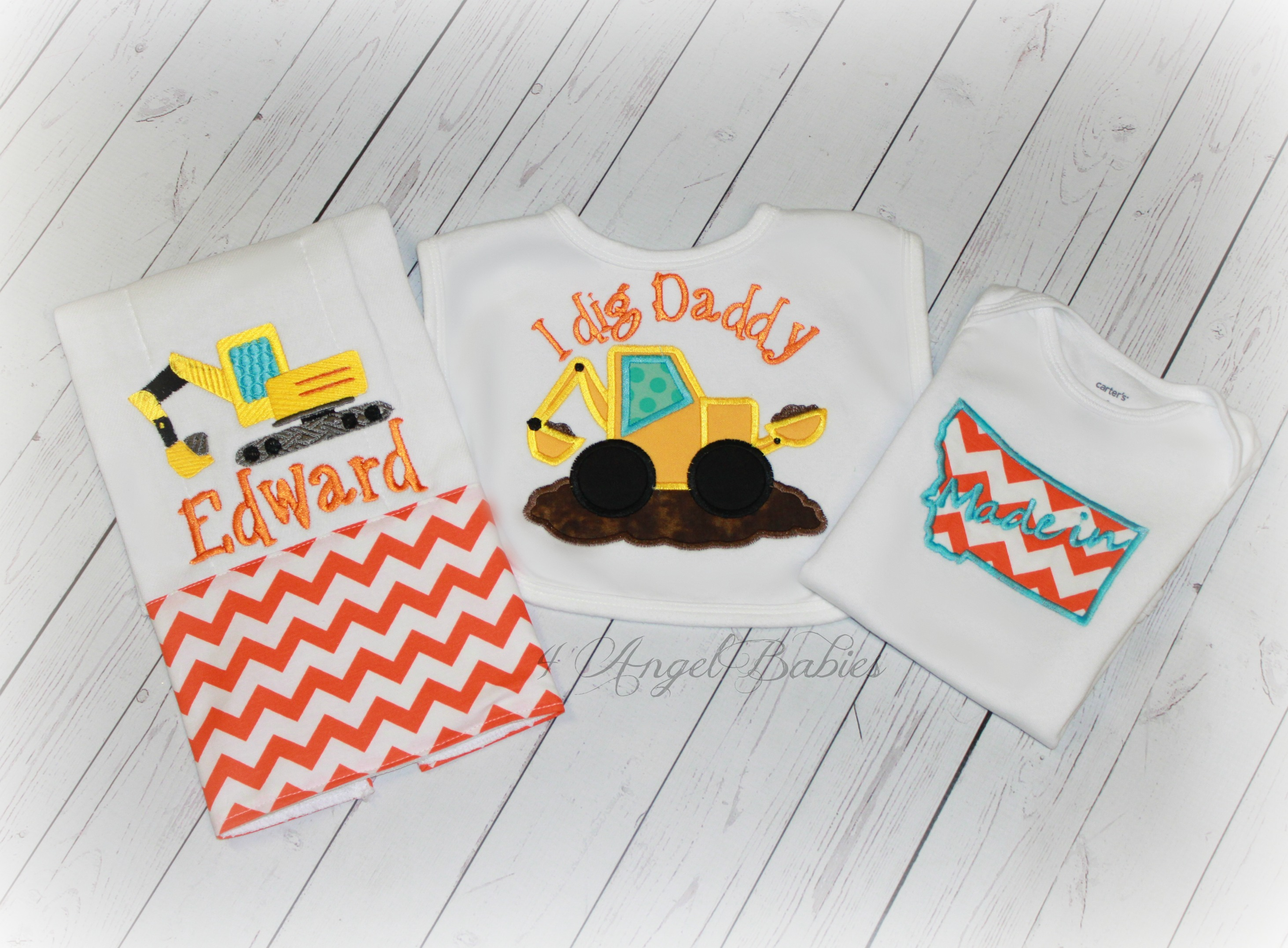 Construction Backhoe Bib, Burp Cloth and Top Baby Gift Set Orang